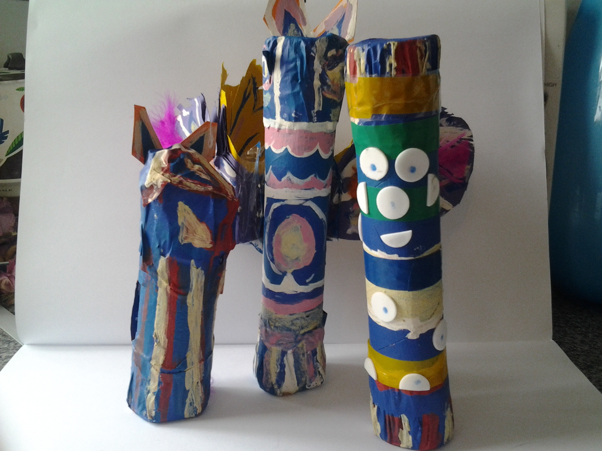 totem pole shakers
